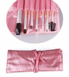 картинка кисти для макияжа  набор(розовые) 7шт магазин Gumla.ru являющийся официальным дистрибьютором в России